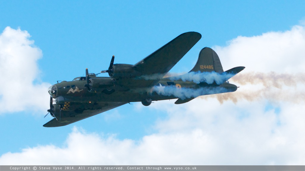 Boeing B-17G Flying Fortress Sally-B